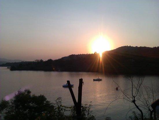 Pune-Panshet Dam